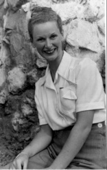 1957 Geraldine Hayward on Brighton Beach.bmp